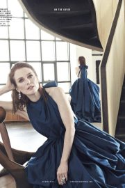 Julianne Moore in Town & Country Magazine, October 2018 2