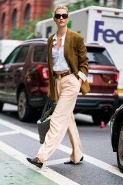 Karlie Kloss Out and About in New York 2018/09/28 8