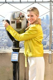 Kristen Bell at Ceremonial Lighting of Empire State Building 2018/09/27 7