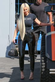 Kylie Jenner Leaves a Studio in Woodland Hills 2018/09/12 5