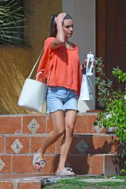 Lea Michele at a Beauty Spa in Los Angeles 2018/08/27 8