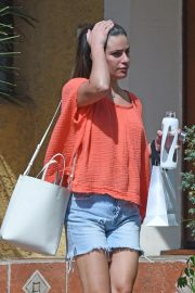 Lea Michele at a Beauty Spa in Los Angeles 2018/08/27 9