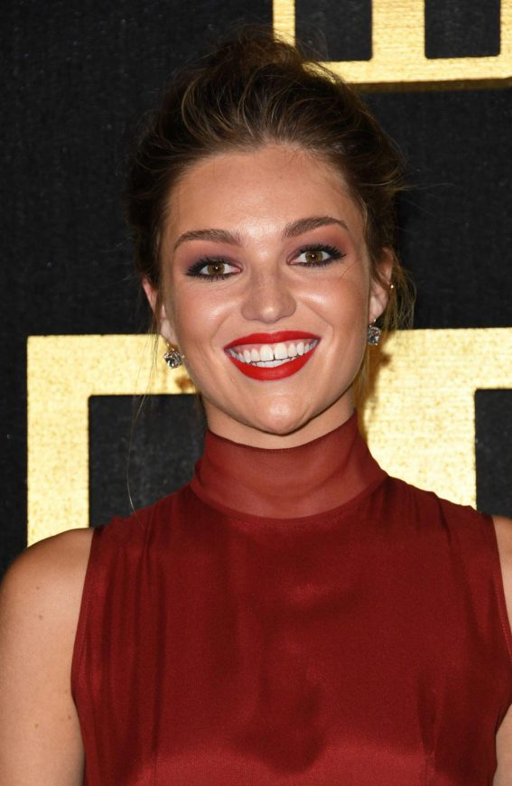 Lili Simmons at HBO Emmy Party in Los Angeles 2018/09/17 1