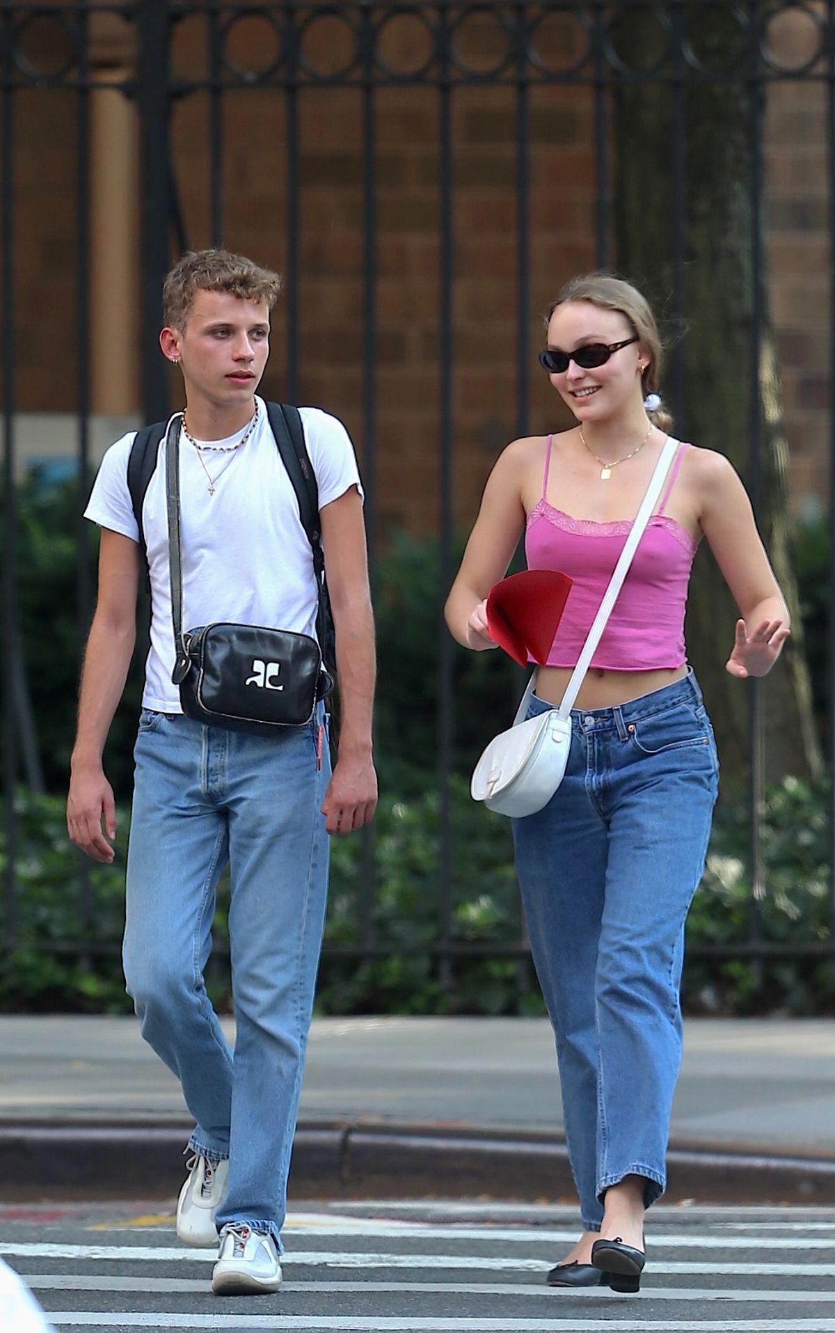 Lily-Rose Depp Out in New York 2018/09/06 1