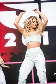 Louisa Johnson Performs at Fusion Festival in Liverpool 2018/09/02 11
