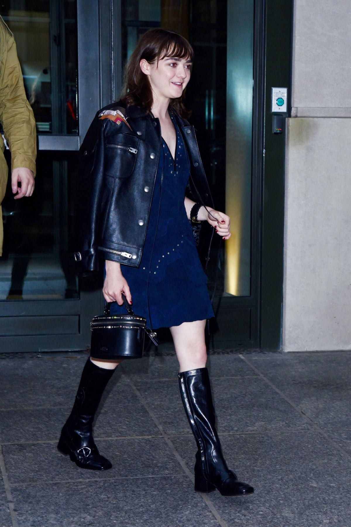 Maisie Williams Out and About in New York 2018/09/11 1
