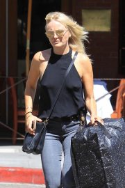 Malin Akerman Out and About in Beverly Hills 2018/09/07 7