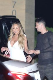 Mariah Carey Out for Dinner in Malibu 2018/08/29 5