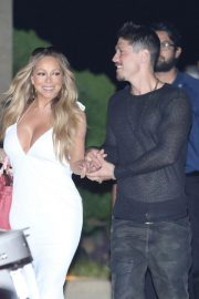 Mariah Carey Out for Dinner in Malibu 2018/08/29 6
