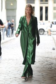 Martha Hunt Out and About in New York 2018/09/07 5