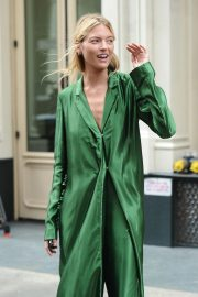 Martha Hunt Out and About in New York 2018/09/07 7