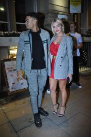Megan Barton Arrives at Rosso Restaurant and Bar in Manchester 2018/09/13 3