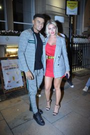 Megan Barton Arrives at Rosso Restaurant and Bar in Manchester 2018/09/13 6