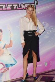 Michelle Hunziker at Miracle Tunes TV Fiction Photocall in Milan 2018/09/30 6