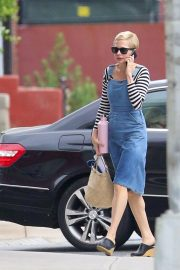 Michelle Williams Out Shopping in New York 2018/09/26 3