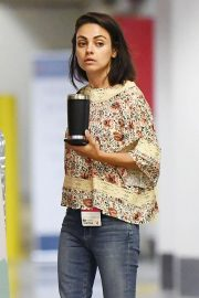 Mila Kunis Leaves a Hospital in Beverly Hills 2018/08/29 2