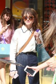 Natalia Dyer at Tory Burch Party in Beverly Hills 2018/09/16 2