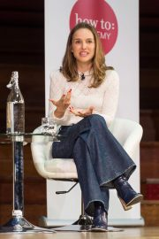 Natalie Portman in Conversation with Yuval Noah Harari at Central Hall Westminster in London 2018/09/27 2