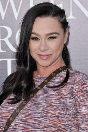 Pregnant Danielle Harris at Halloween Horror Nights Opening in Los Angeles 2018/09/14 5