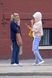 Sienna Miller Out and About in New York 2018/09/24 5