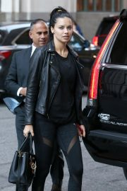 Adriana Lima Arrives at Her Hotel in New York 2018/10/12 2