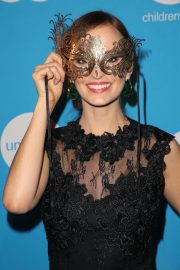 Ahna O'Reilly at Unicef Masquerade Ball in Los Angeles 2018/10/25 7