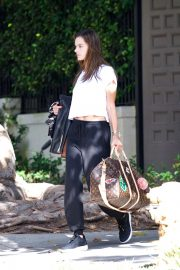 Alessandra Ambrosio Leaves Her House in Brentwood 2018/10/07 7
