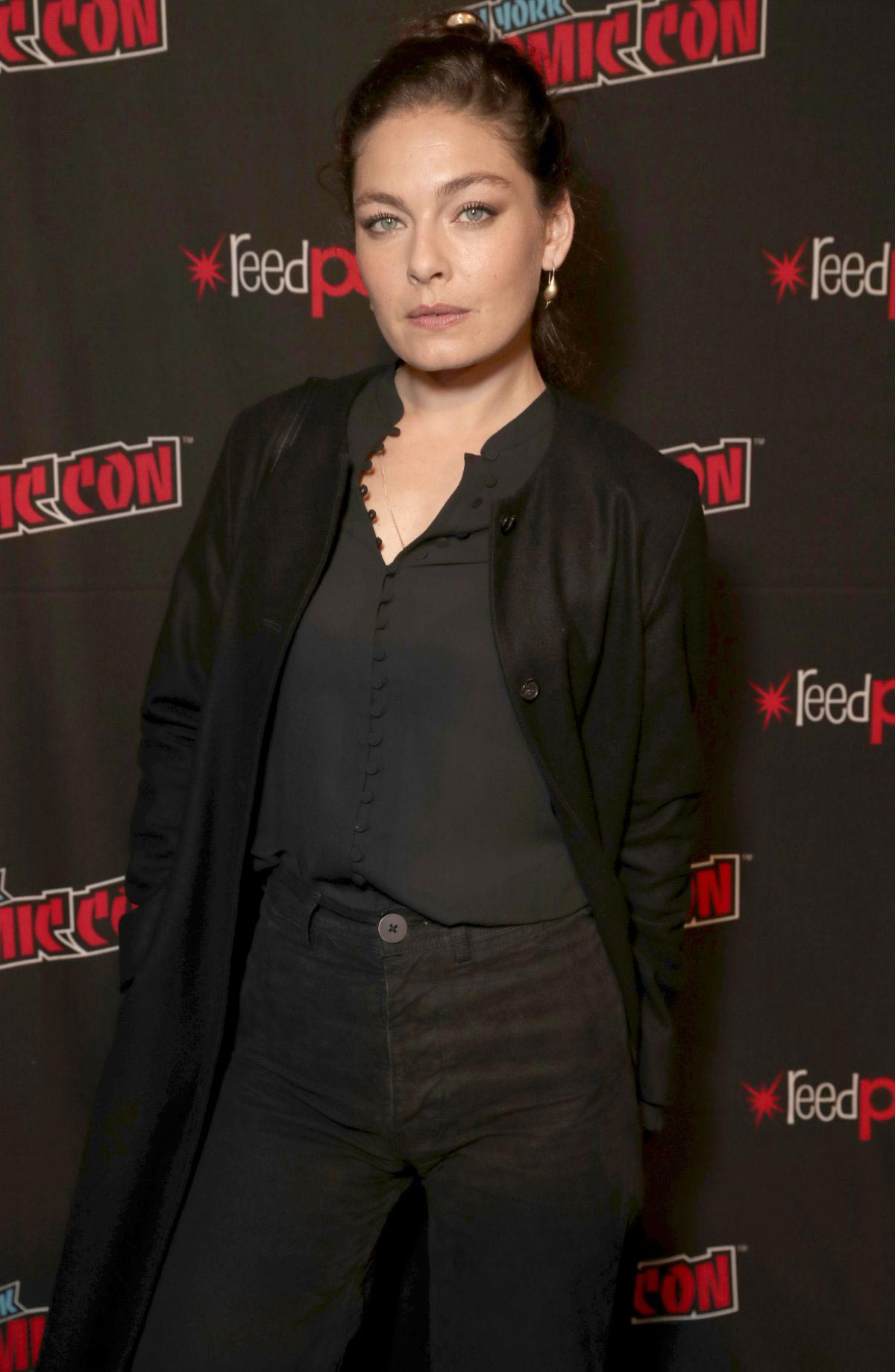 Alexa Davalos at Man in the High Castle Panel at New York Comic-Con 2018/10/04 1
