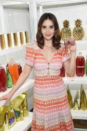 Alison Brie at New American Express Gold Card Launch in New York 2018/10/04 4