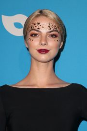 Allie Marie Evans at UNICEF Masquerade Ball in Los Angeles 2018/10/25 1