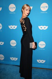 Allie Marie Evans at UNICEF Masquerade Ball in Los Angeles 2018/10/25 8
