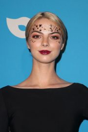 Allie Marie Evans at UNICEF Masquerade Ball in Los Angeles 2018/10/25 10