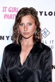 Aly Michalka at Nylon's Annual IT Girl Party in Los Angeles 2018/10/11 1