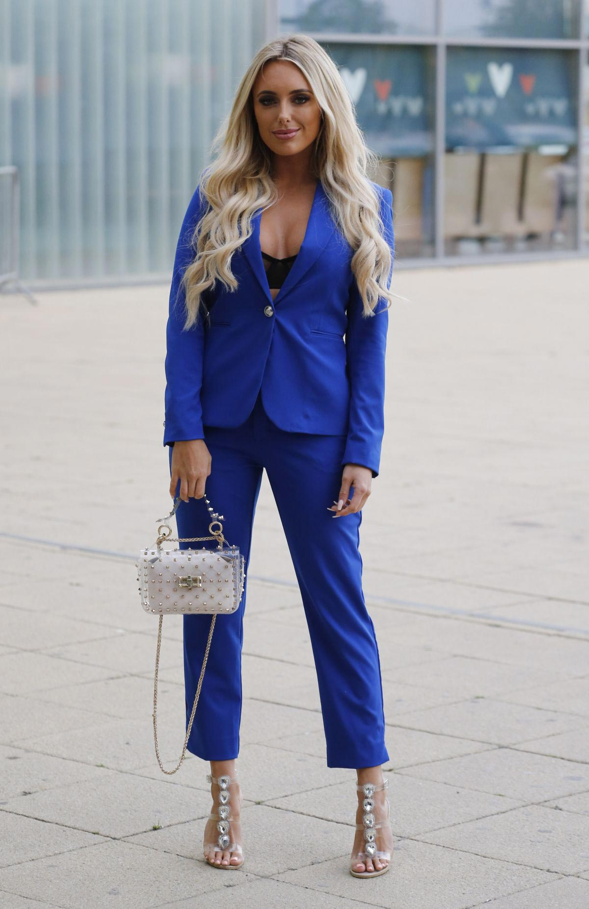 Amber Turner Out in Basildon, England 2018/10/11 1
