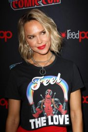 Arielle Kebbel at New York Comic-con 2018/10/07 2