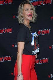 Arielle Kebbel at New York Comic-con 2018/10/07 6