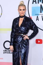 Ashlee Simpson at American Music Awards in Los Angeles 2018/10/09 5