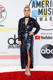 Ashlee Simpson at American Music Awards in Los Angeles 2018/10/09 9
