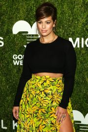 Ashley Graham at God's Love We Deliver Golden Heart Awards in New York 2018/10/16 5