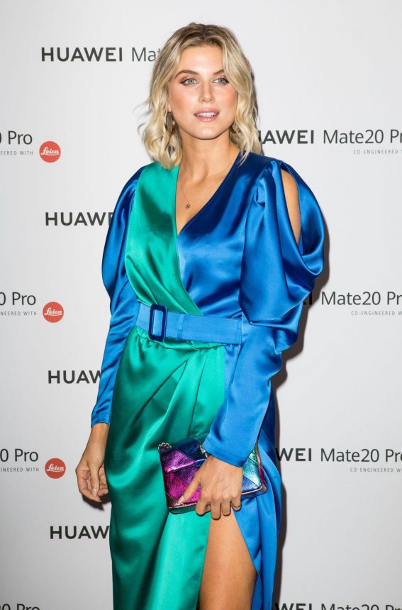 Ashley James at Huawei Mate 20 Pro Launch in London 2018/10/16 1
