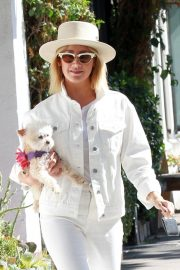 Ashley Tisdale Out with Her Dog in Studio City 2018/10/27 11