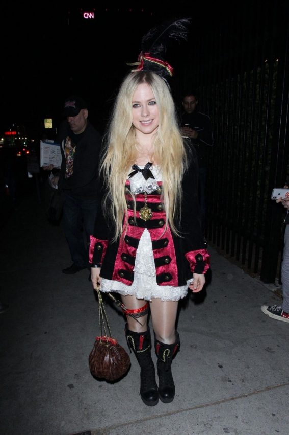 Avril Lavigne at Halloween Party in West Hollywood 2018/10/27 1