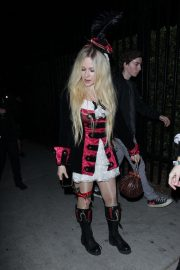 Avril Lavigne at Halloween Party in West Hollywood 2018/10/27 4