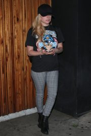 Avril Lavigne at Nice Guy in West Hollywood 2018/10/25 2