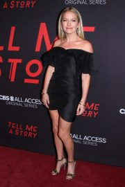 Becki Newton at Tell Me A Story Premiere in New York 2018/10/23 4