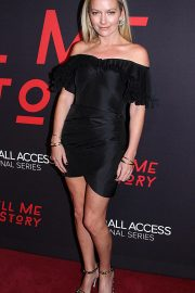 Becki Newton at Tell Me A Story Premiere in New York 2018/10/23 9