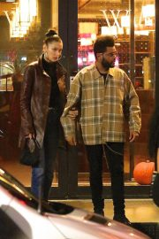 Bella Hadid and The Weeknd Out in New York 2018/10/10 8