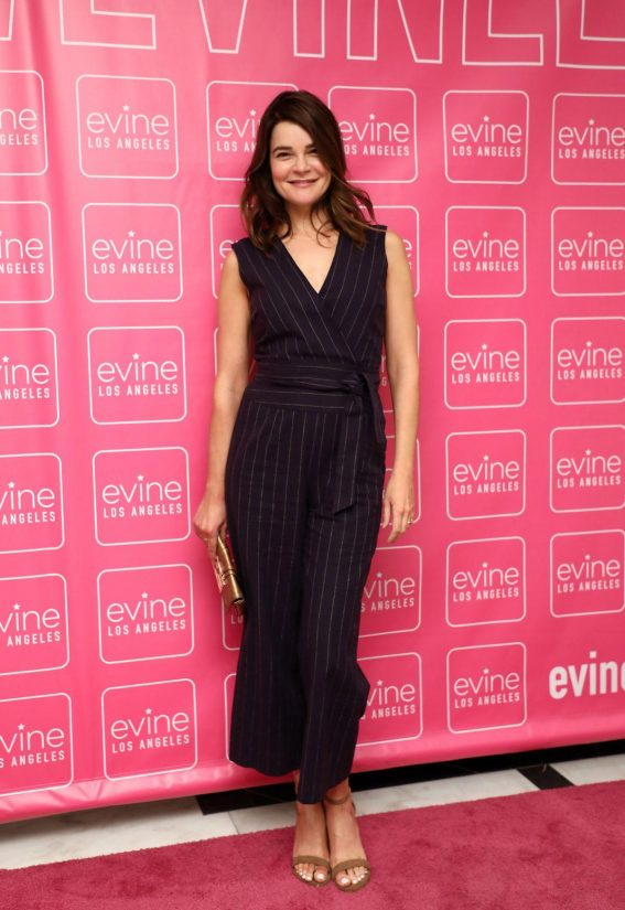 Betsy Brandt at Evine Los Angeles Studio Launch Celebration 2018/10/18 1