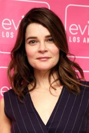 Betsy Brandt at Evine Los Angeles Studio Launch Celebration 2018/10/18 2