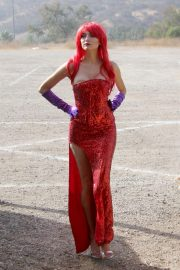 Blanca Blanco as Jessica Rabbit at a Pumpkin Patch in Los Angeles 2018/10/22 10